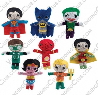 CLAVE 56 <br><strong>DC COMICS STRING DOLLS </strong><br>100 PIEZAS